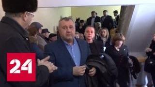 В молдавских Бельцах противостоят сторонники мэра города Ренато Усатого и парламента - Россия 24