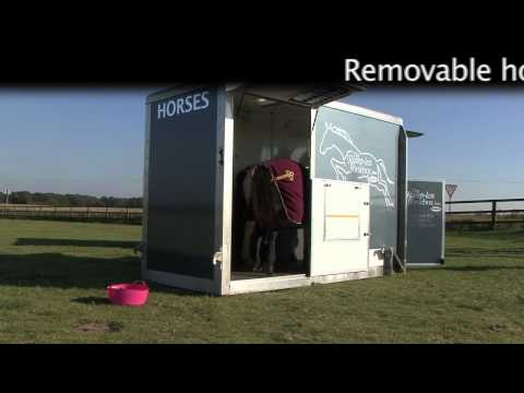 Ramp-less horsebox from Roadload