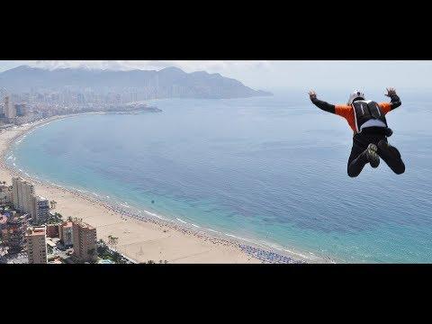 salto-base-extremo-en-el-gran-hotel-bali