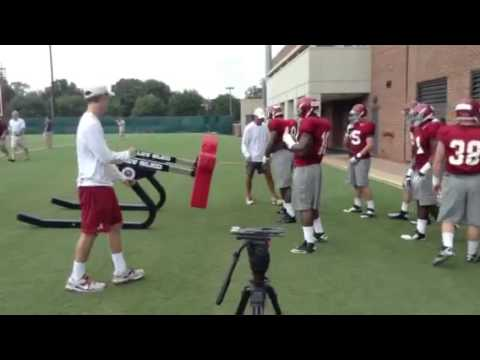 Alabama Inside Linebacker Drills (8/4/14) - Reuben Foster, Reggie Ragland Working First