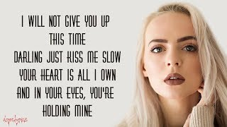 Video Ed Sheeran - Perfect // Lyrics [Madilyn Bailey Cover] download MP3, 3GP, MP4, WEBM, AVI, FLV Maret 2018