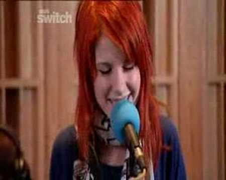 Paramore - Love's Not A Competition