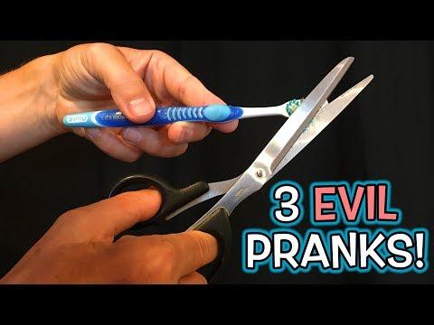 3 Evil Roommate Bathroom Pranks!!!