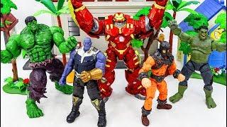 Power Rangers & Marvel Avengers Toys Pretend Play | HULK TRANSFORM & HULKBUSTER vs KING KONG Army