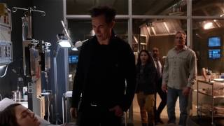the flash 2x21 zombie girder returns and attacks iris and cisco