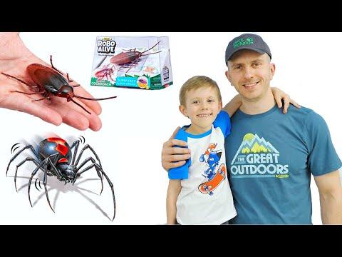 Интерактивные игрушки ПАУК и ТАРАКАН от Robo Alive - Даник и папа играють в ТАРАКАНЬИ БЕГА!
