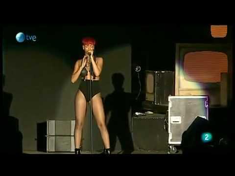 Rihanna - Fire Bomb (Rock In Rio Madrid Live 2010)