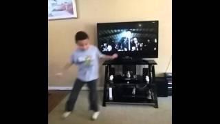 Bestimido mexican song miguel dancing (funny)