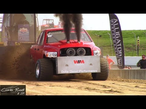 Truck Pulls! 2019 Ultimate Callout Challenge Sled Pull