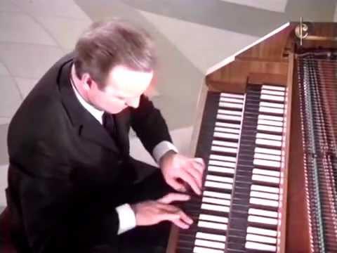 Karl Richter - Chromatic Fantasia & Fugue In D Minor - BWV 903