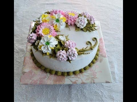 Цветы из белкового заварного крема для торта.