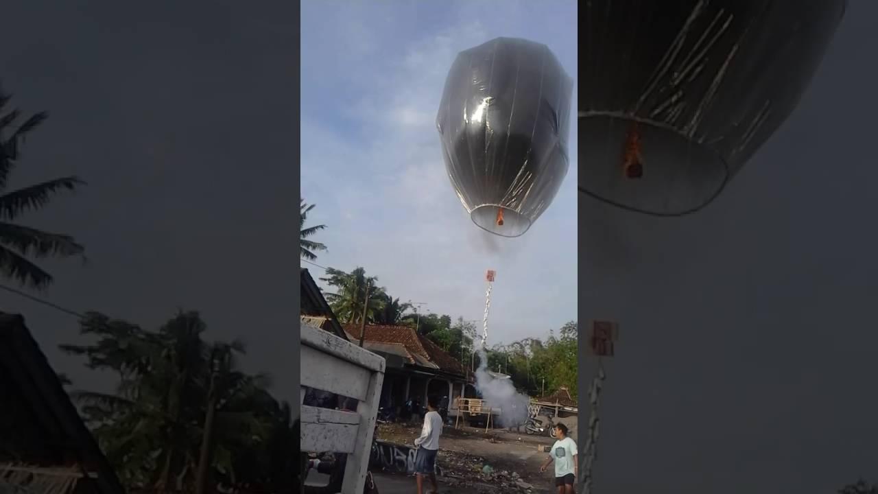 Download Balon udara nggawok,sumber magelang