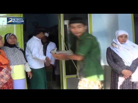 Jamaah Aboge Rayakan Idul Fitri Hari Ini