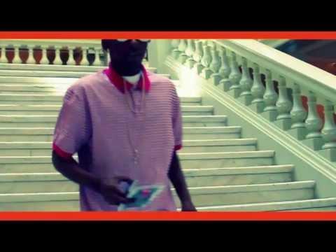 Lil Mook ft. Nicki Minaj 'Moment 4 Life'  Official Music Video
