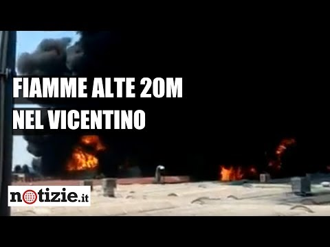 Incendio a Vicenza: le fiamme devastano l'industria di vernici | Notizie.it