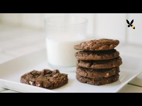 Dark Chocolate White Chocolate Chunk Cookies Recipe