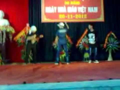 Nhảy Hiphop - Lớp 8A - Trường THCS Phùng Hưng thể hiện