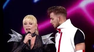 Interviu realizat de Eugen Istodor imagini din concertul Loredana - ADOR | TV cut - Concert @Sala Palatului source: https://www.youtube.com/watch?v=OvS9083io8U