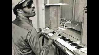 Stevie Wonder :::: Blowin' In The Wind.(Alternate version)