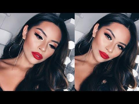 Soft Holiday Cut Crease Glitter Glam Makeup Tutorial | Sarahy Delarosa