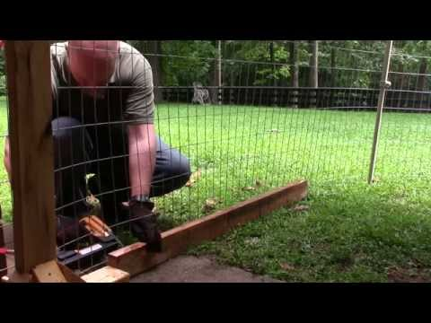 Building A Temporary Puppy Fence