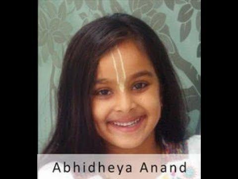 Bhagavad Gita - 700 shlokas - Out of Memory  by 7 yr old Abhidheya