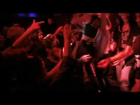 "Iggy Azalea ""1-800 Bone"" live at the Academy Dublin 30/11/12 thumbnail"