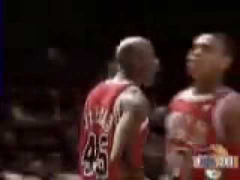 Jordan Change Shot & the Foul on Starks: 1994-95 NBA Season
