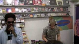 Скачать Major Lazer Other Music In Store Performance