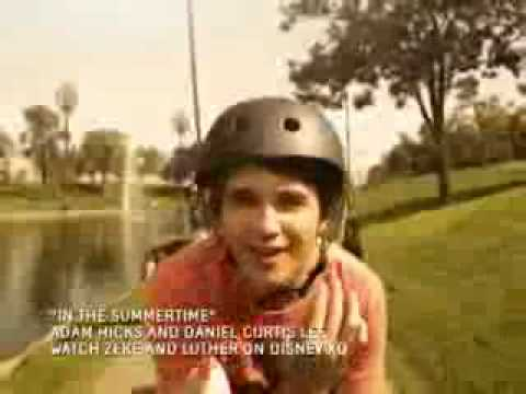 In the Summertime Zeke and Luther music video