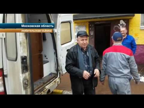 Скорая помощь перевозила мебель в Москве под прикрытием другой машины медиков