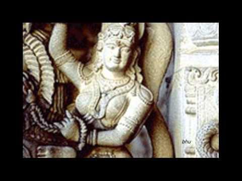 Rajasilpi Neeyenikkkoru Pooja Vigraham Tharumo.....