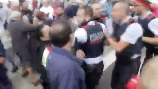 referendum Enfrentamiento Mossos y Policía Nacional en Barcelona | 4 Octubre 2017