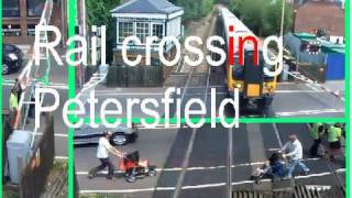vuclip Train Level Cross Gates - Petersfield