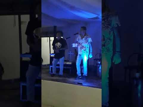 Swing do pendrive cantando no clube recreativo de alagoinha-pe