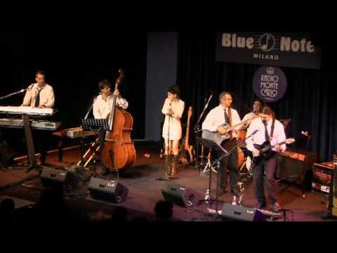 17   Corazon Espinado Lokomotion Live at the Blue Note