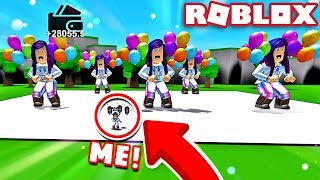 BUYING MYSELF AS A DANCE TEAM & PETS in Roblox Giant Dance Off Simulator!