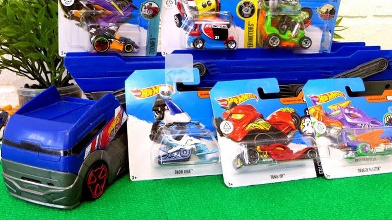 Игрушечные машинки. Автовоз и машинки Хот Вилс. Игрушки ...