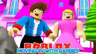 ROBLOX BARBIE'S GIRLFEIEND, MOVING INTO HER DOLLHOUSE!! LITTLE DONNY ROBLOX!!