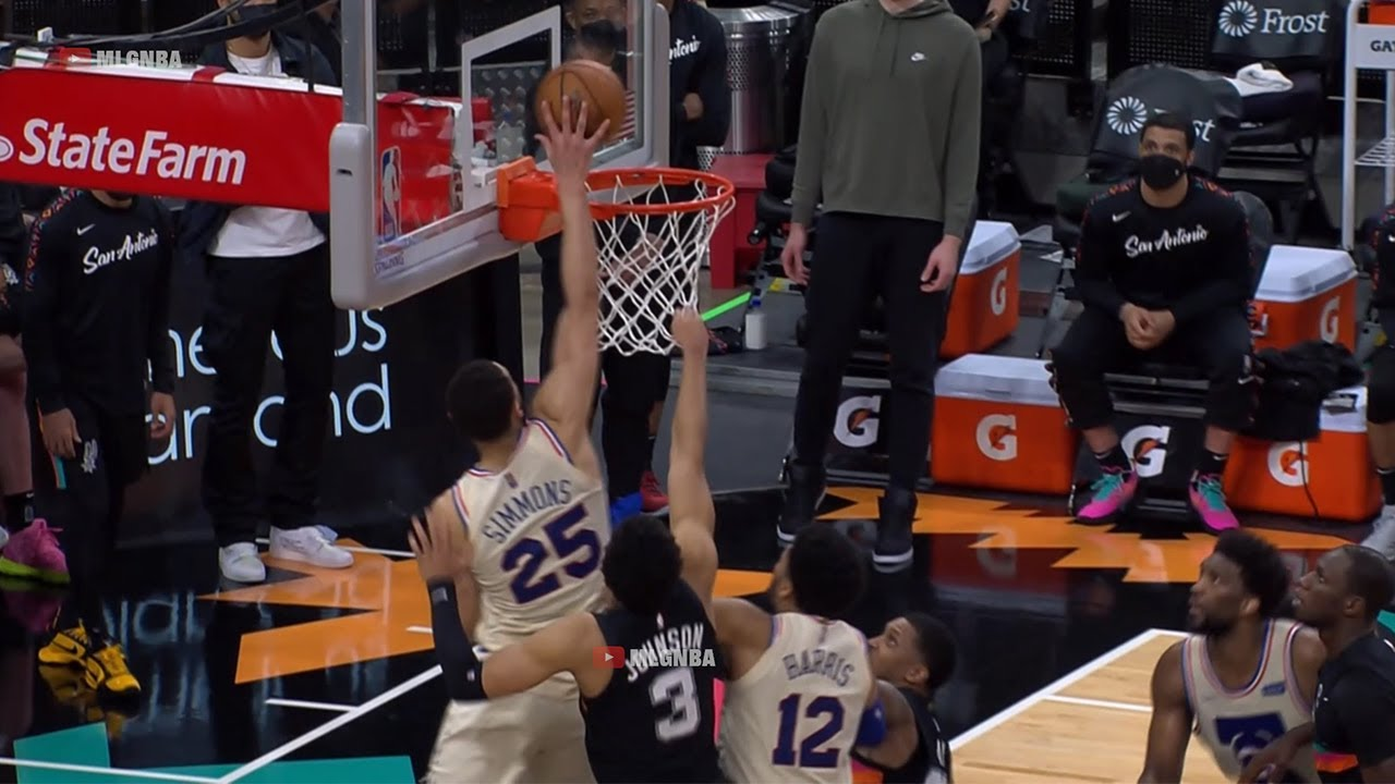 Ben Simmons hit a game winning shot in a game where he had 5 points👀