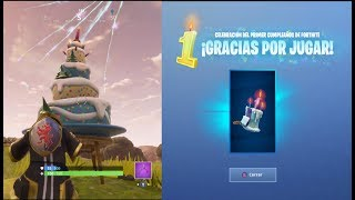 BAILA in front of different Birthday CAKES! FREE Backpack! Fortnite Battle Royale