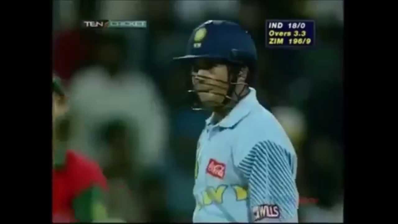 sachin tendulkar gets bitten by henry olonga  ind vs zimbabwe  sharjah 1998
