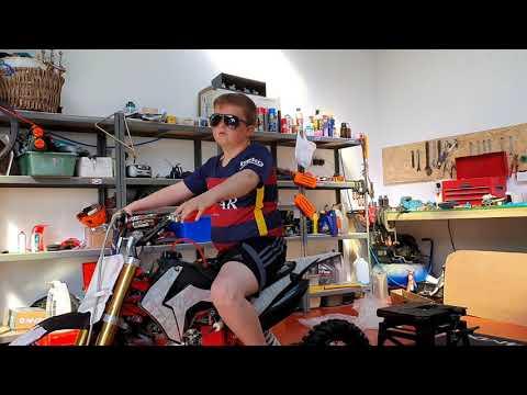 Funbikes M2R 120cc Pit Bike Build Timelapse.