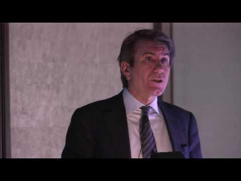 01 Dr  Kenneth Chapman