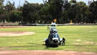 2 Helicoptero cougar de la marina aterrizan en el parque Elias Calles