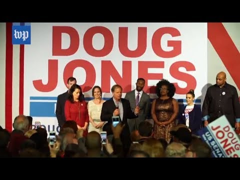 Download Youtube: Minorities and young people rally behind Doug Jones