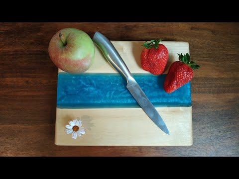 Servierbrett/Schneidebrett aus Holz und Epoxidharz | Epoxy River Tray/Cutting Board DIY