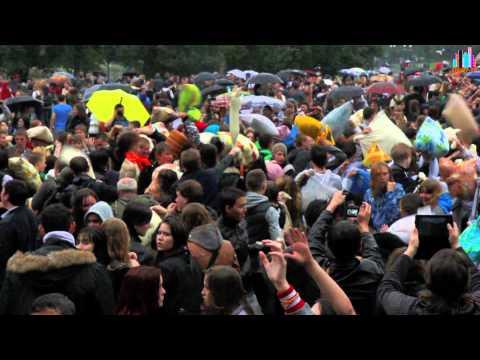 Флешмоб 2012 Битва подушками