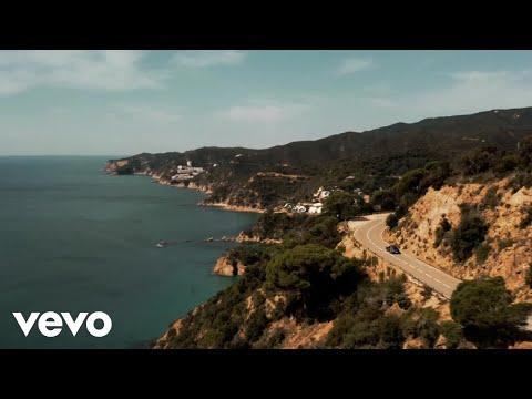 Download Alvaro Soler - Si Te Vas (Lyric Video)