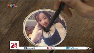 Sốt xình xịch trà sữa in hình cá nhân ở Sài Gòn| VTV24